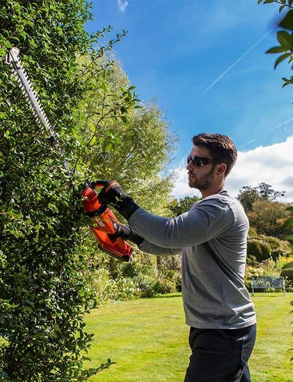 Battery Hedge Trimmer